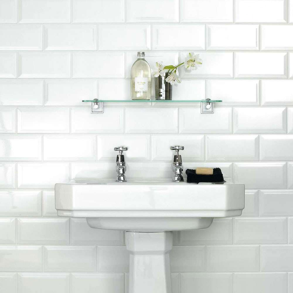 31 Elegant White Brick Tiles Bathroom | eyagci.com