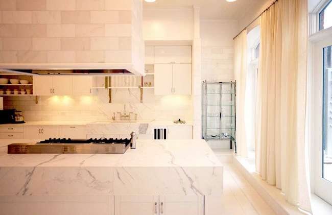 amazing-gwyneth-paltrow-manhattan-loft-kitchen-design-with-marble-countertop-by-roman-and-williams