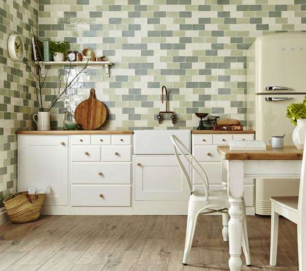 Country kitchen tiles