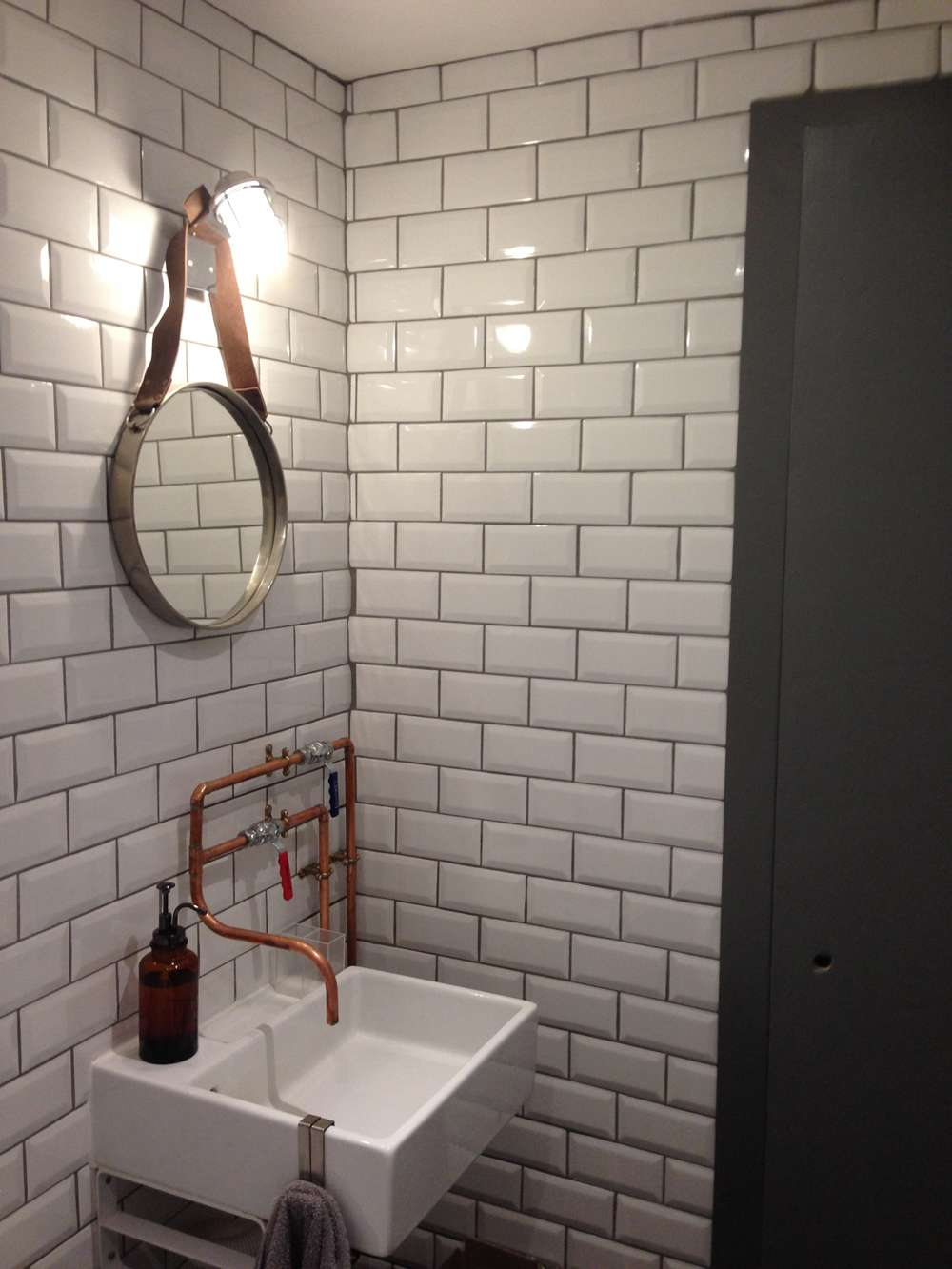 Metro tiles bathroom ideas with luxury trend in australia for Bathroom tile trends 2016 uk